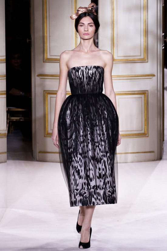 giambattista-valli-haute-couture-spring-2013-collection-is-amazing
