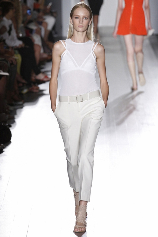 victoria-beckham-presents-chic-springsummer-2013-fashion-collection-at-new-york-fashion-week-15