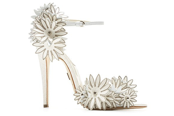 embedded_Brian_Atwood_2013_Bridal_Collection__(11)