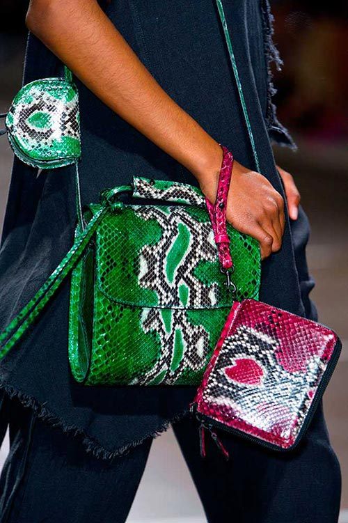spring_2015_trendy_designer_handbags_from_the_runway_Marques_Almeida