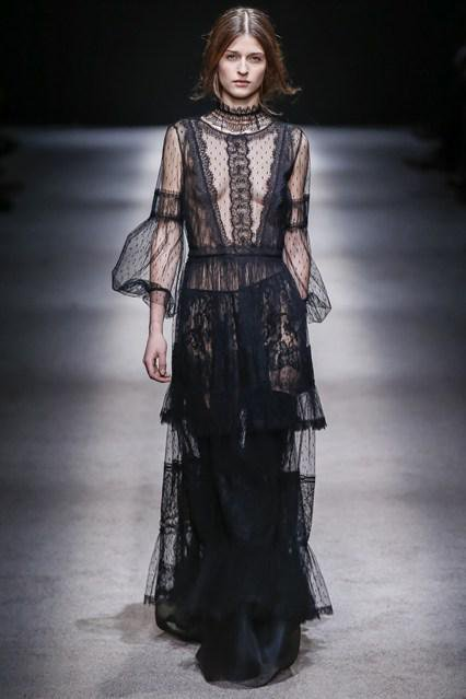Alberta Ferretti 2016 black dress ss